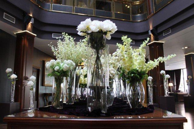 Flores en el hall del Andorra Plaza