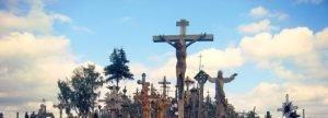 Cima del Monte de las Cruces de Lituania