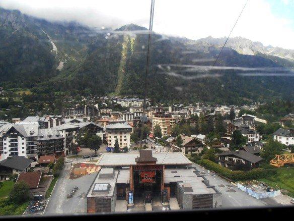 En teleférico al Aiguille du Midi desde Chamonix