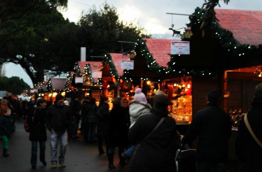Puestos del mercado de Navidad de Montreux