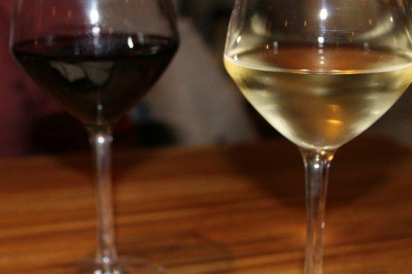 Beber vino en Burdeos