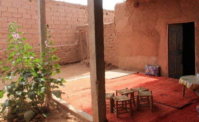 Casa aldea donde hicimos parada en boxes