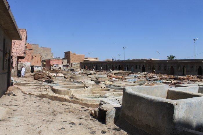 Bañeras para teñir el cuero en el barrio de los curtidores de Marrakech