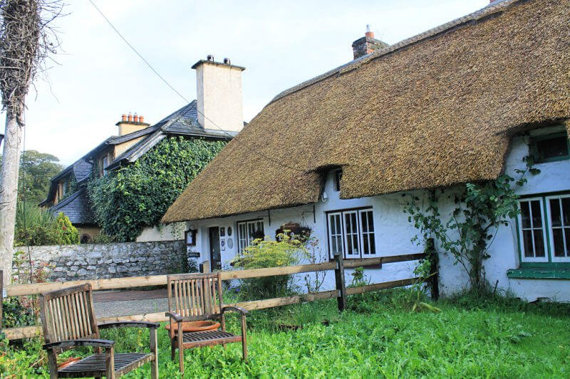 Casas de paja de Adare, uno de los pueblos más bonitos de Irlanda