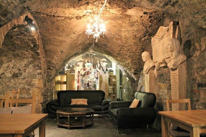 Cafetería en la cripta de la Christ Church