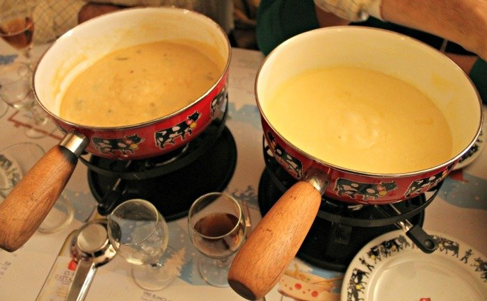 Fondue de queso en La Poya - Comer en Montreux