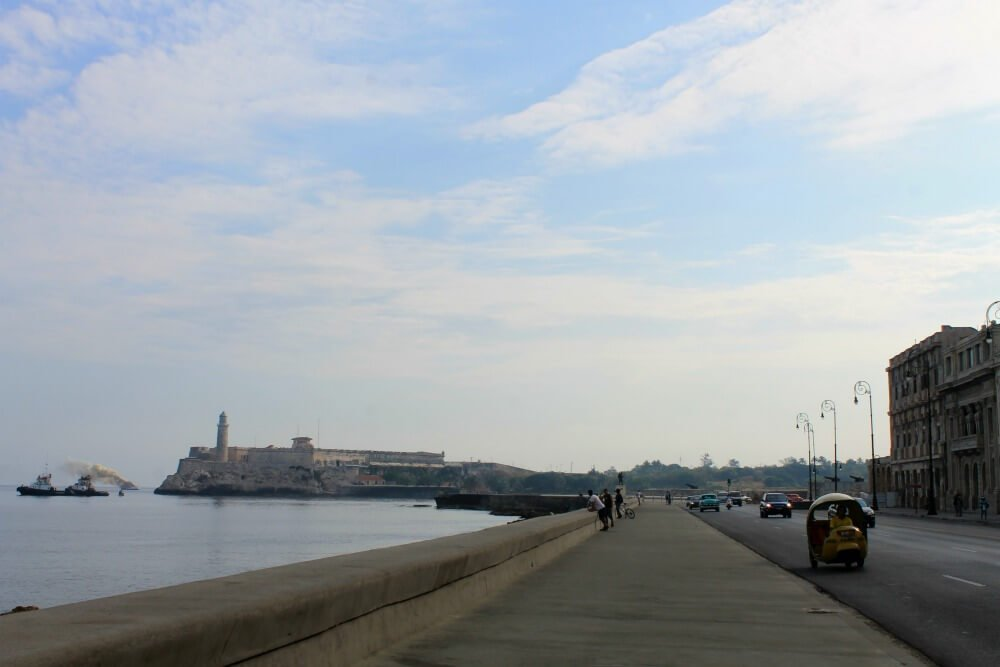 El Morro desde El Malecón - Cañonazo de las nueve