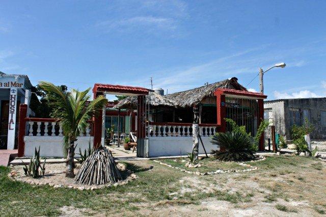 Casa Legendario de Playa Larga Cuba