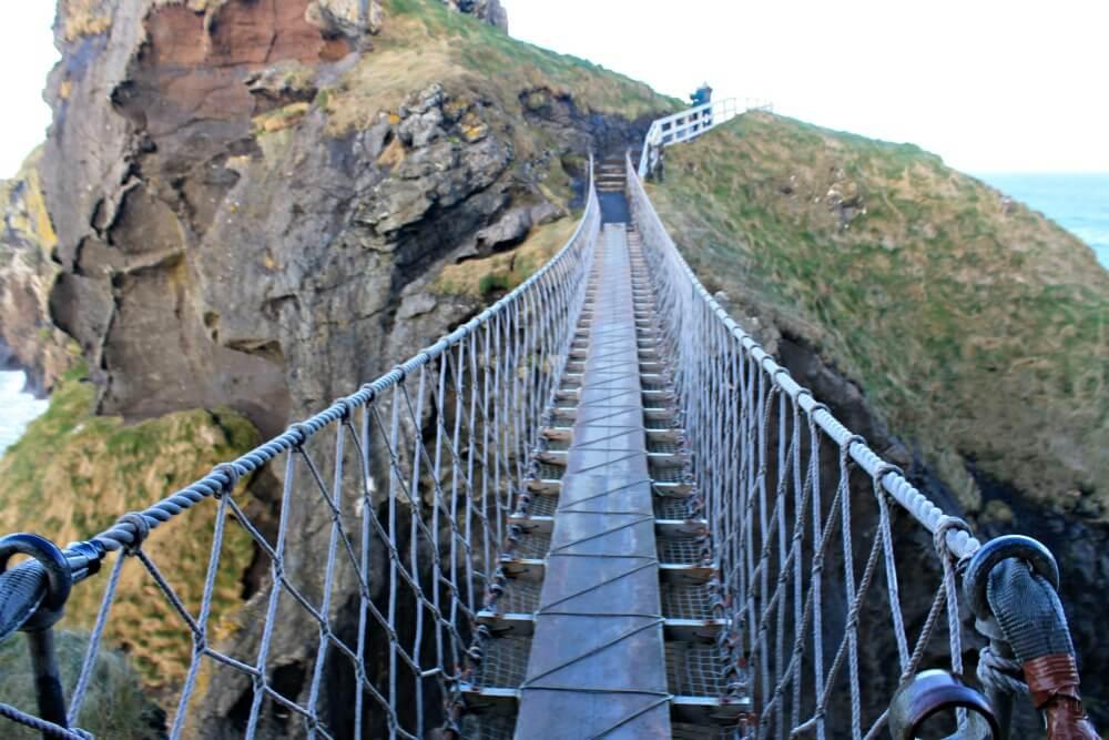 Puente de cuerda en Irlanda del Norte