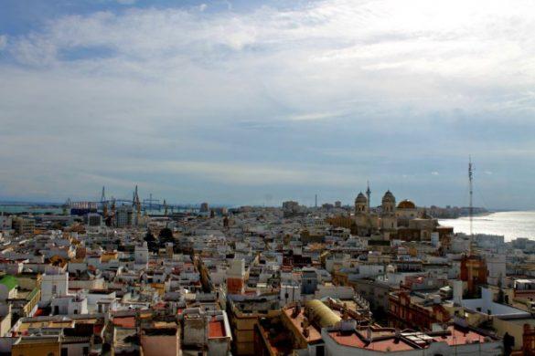 Control de Cádiz desde la Torre Tavira y su cámara oscura