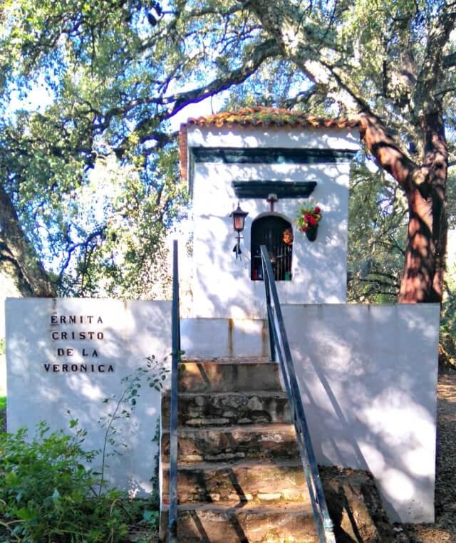 Ermita de Castaño del Robledo