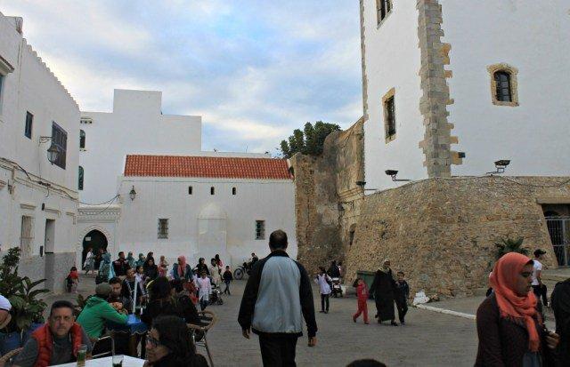 Plaza principal de Asilah Marruecos