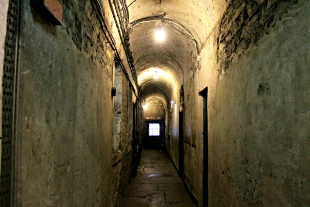 Tenebrosos pasillos de la cárcel de Dublín