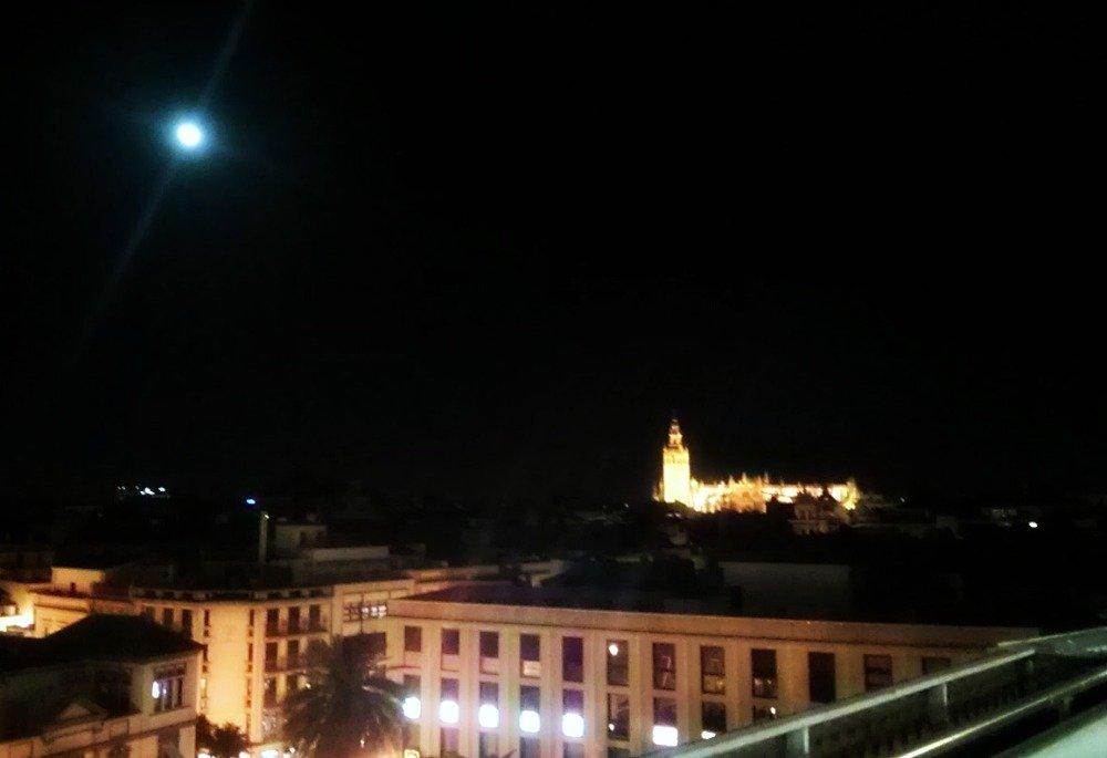 Vistas a la Giralda desde El Corte Ingles Gourmet Experience - Sevilla