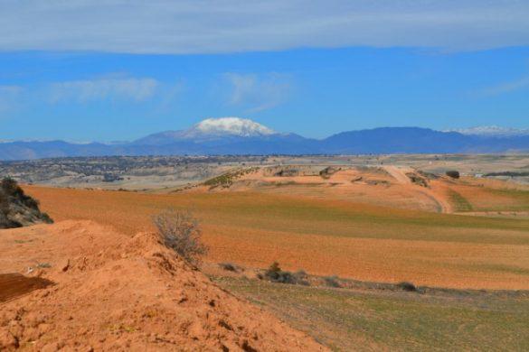 El Altiplano de Granada con la Sagra de fondo