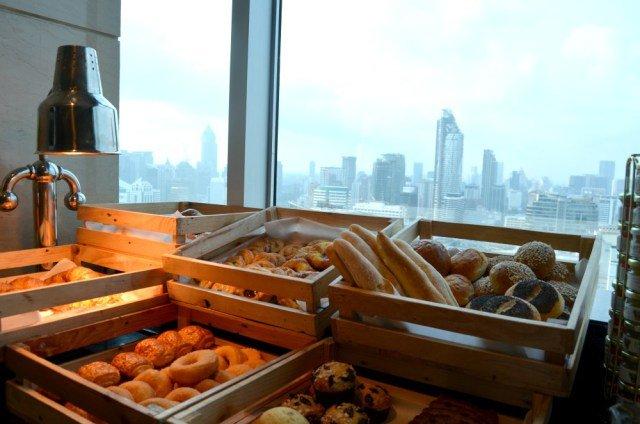 Panes en el desayuno Executive en Amari