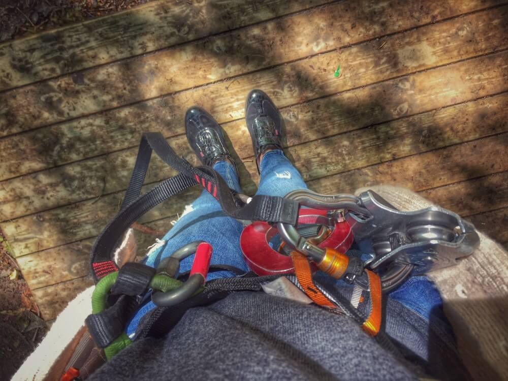 Todo listo para subir a los árboles y las tirolinas en Erandio