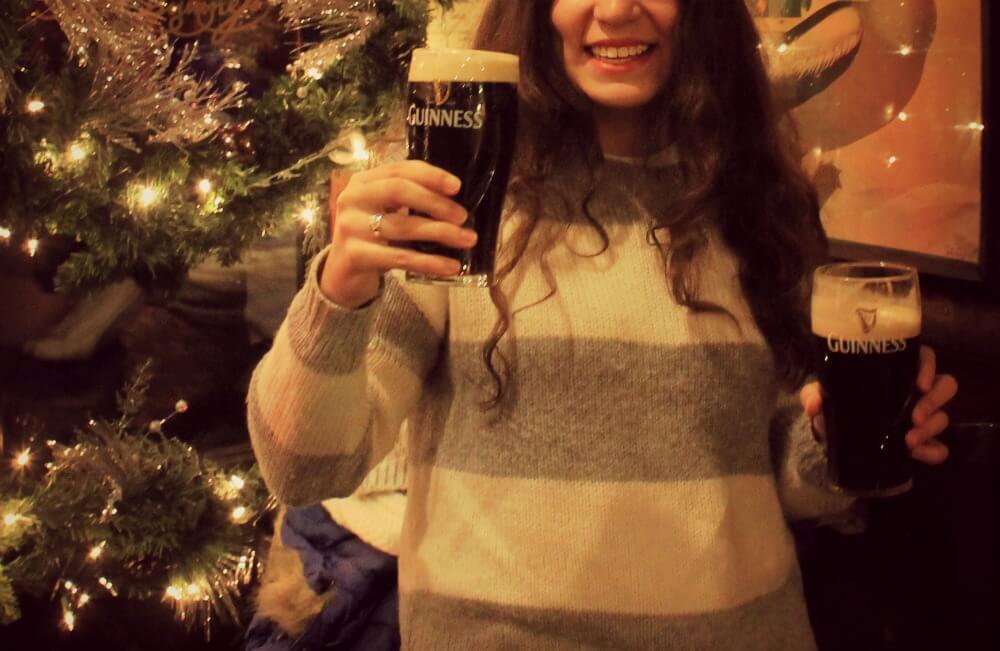 Bebiéndome una Guinness en Dublín