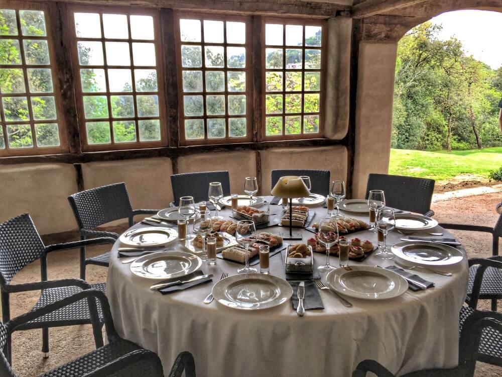 Nuestra mesa privada en el Palacio Urgoiti