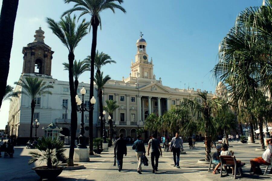 Una visita guiada por Cádiz teatralizada