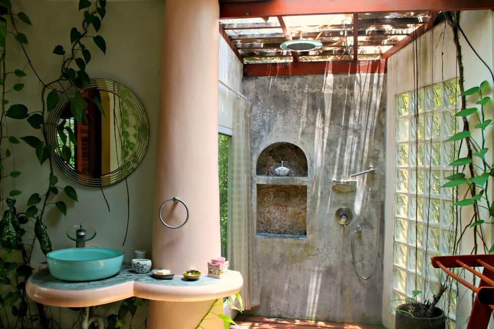 Nuestra ducha al aire libre en Koh Tao