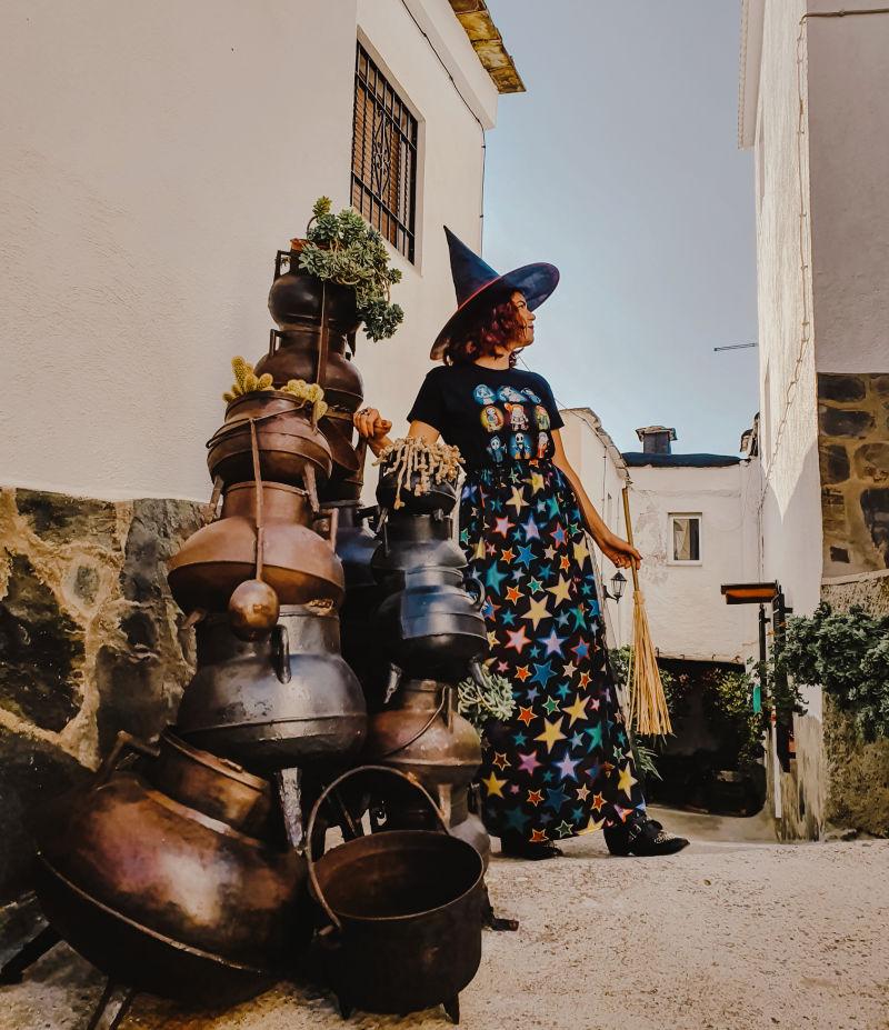 Los calderos chorreantes de plantas de la Alpujarra de Granada
