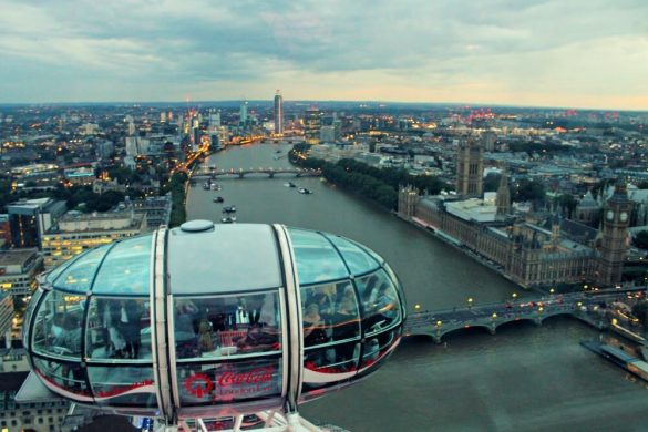 Cabina del London Eye con vistas al Big Ben