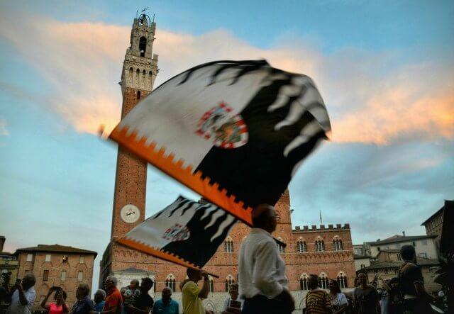Contrada della Lupa en Siena