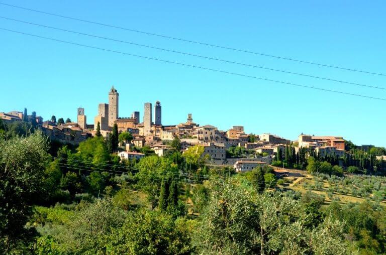 Vistas de San Gimignano desde la via Vecchia