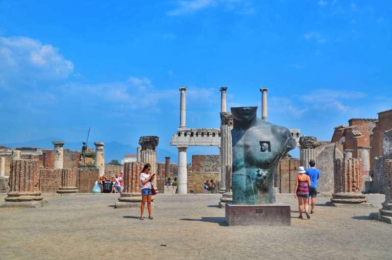 Reunión de historia en Pompeya