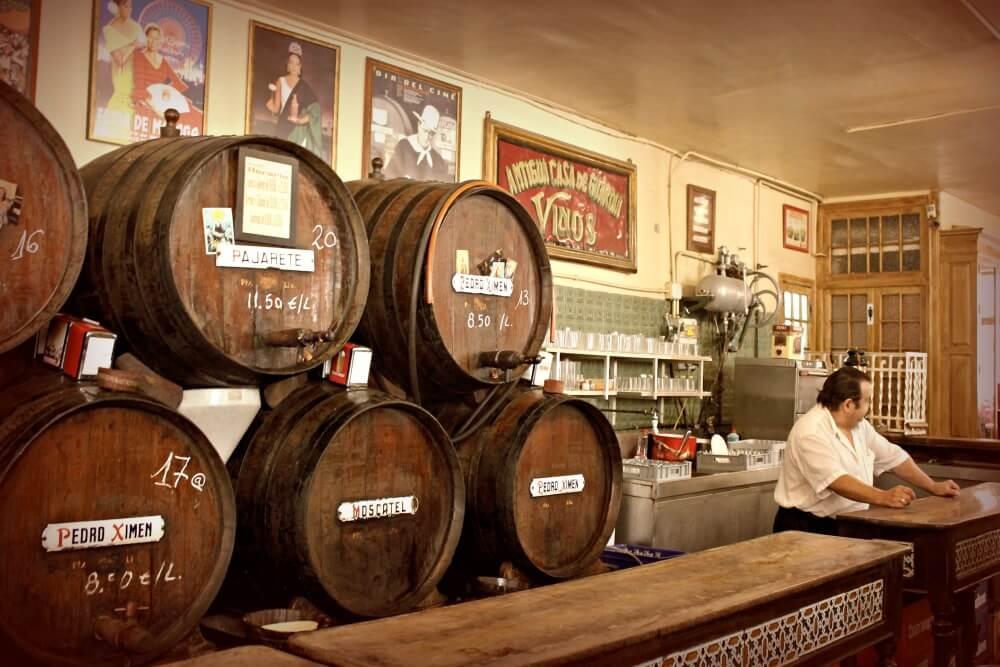 Toneles de vino - Málaga con solera