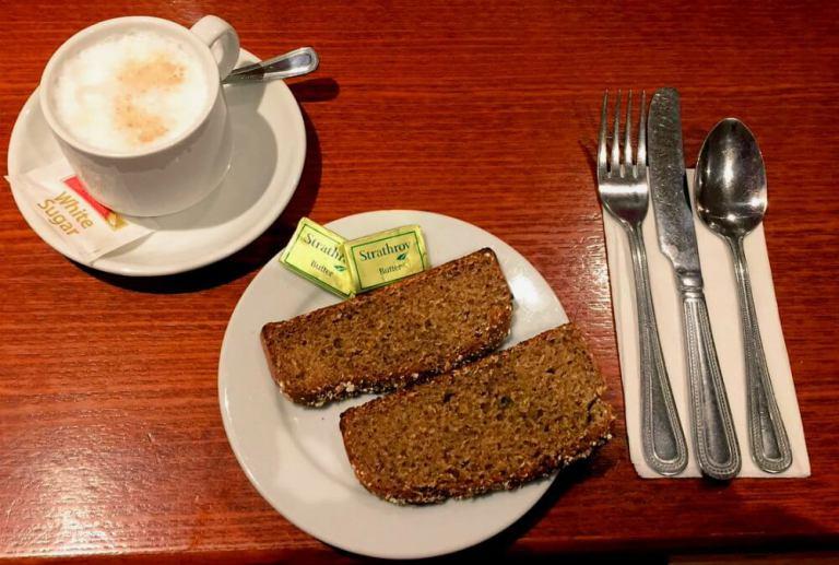 Desayunando pan de soda en Irlanda