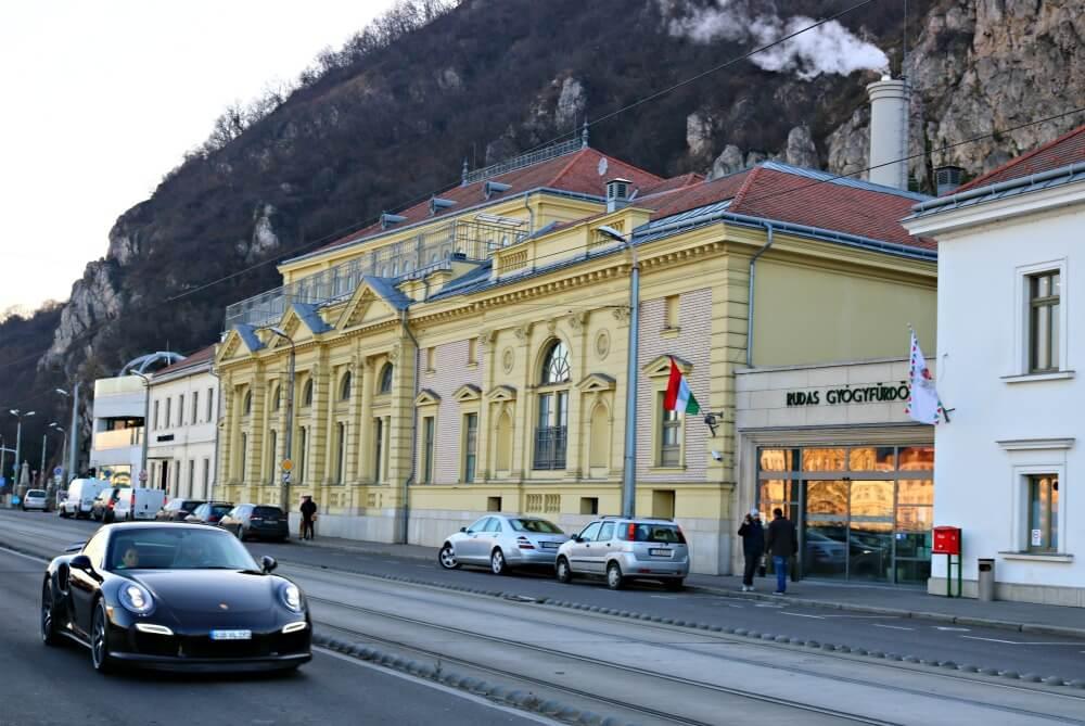 Edificio del Baño Turco Rudas en Budapest