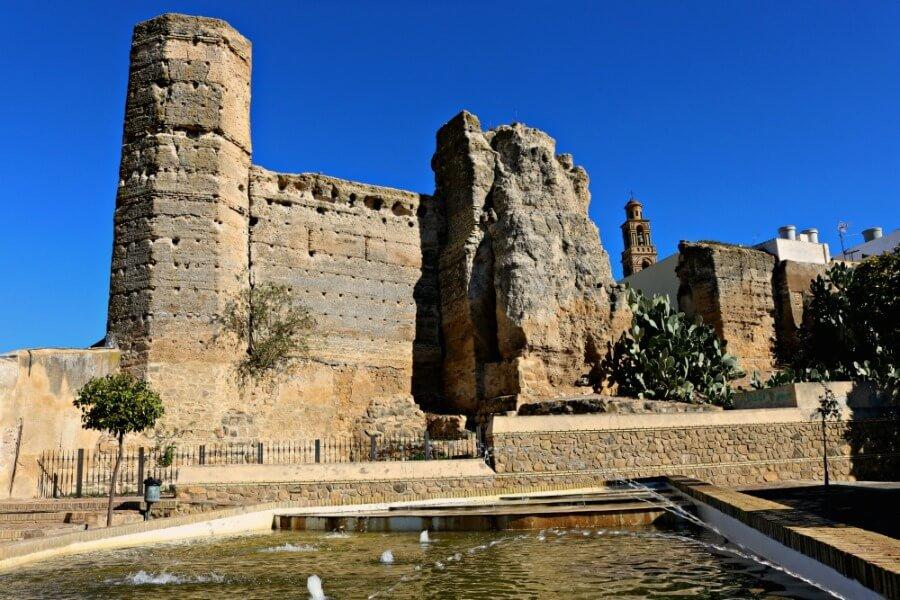 Restos de La Alcazaba - Qué ver en Marchena