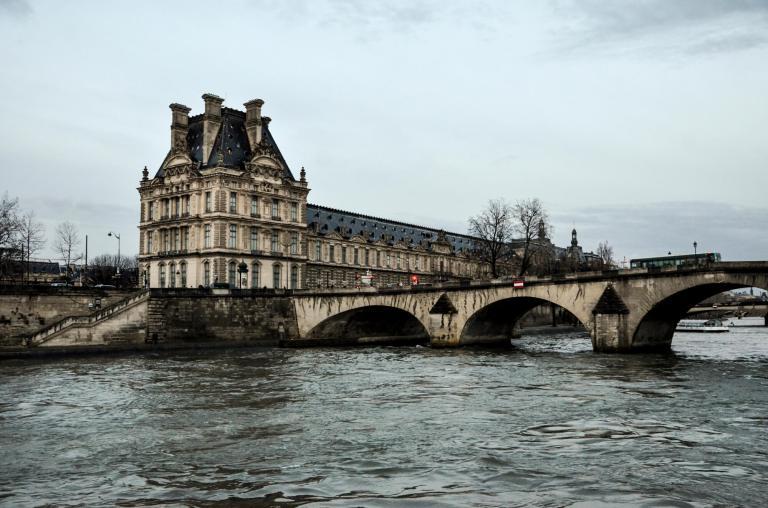 Estilo haussmaniano en París