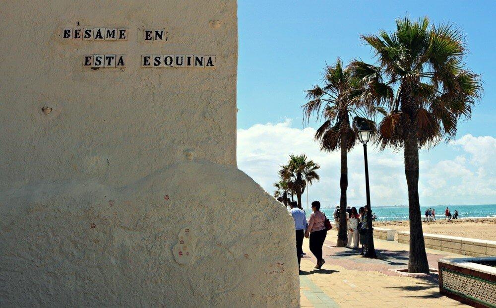 Bésame en esta esquina - Mejores playas de Cádiz