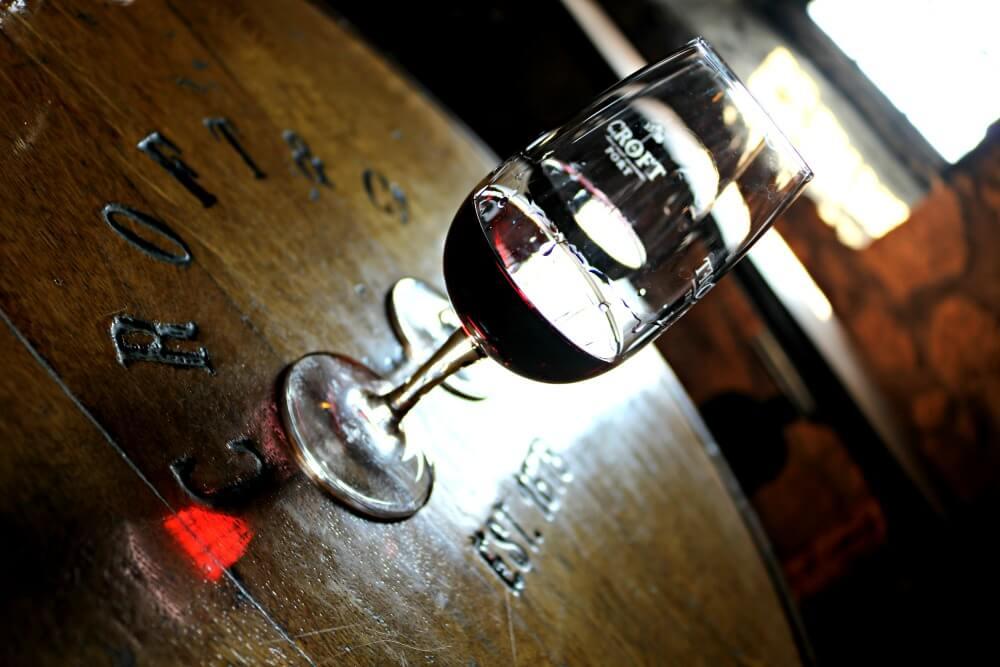 Cata de vino de Oporto en Bodegas Croft