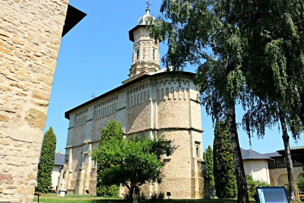 Monasterio de Dragomirna - Monasterios de Bucovina
