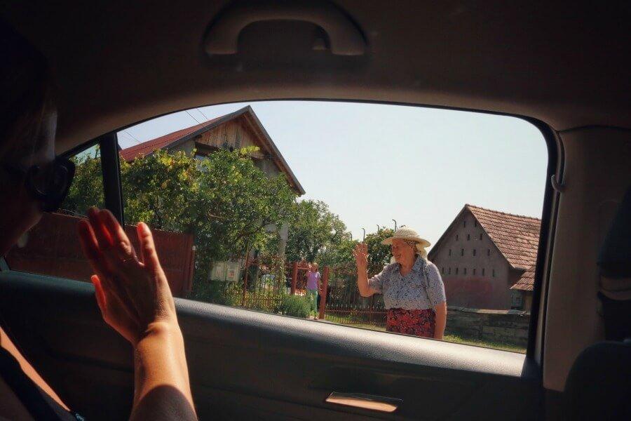 Viajar a Rumanía por libre: son las personas