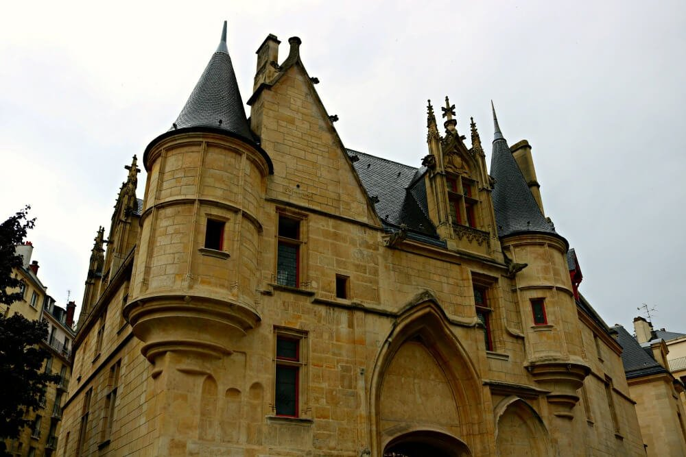 Hotel de Sens en Le Marais