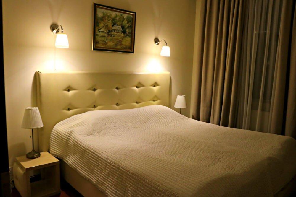Mi dormitorio en el Hotel Capitol - Dormir en Bucarest