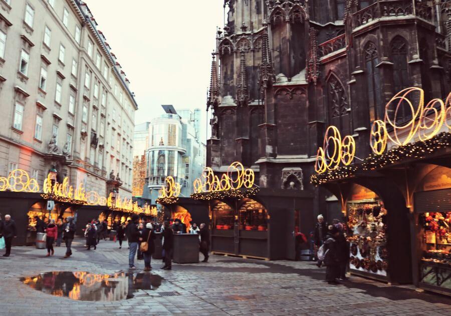 Mercadillo de navidad en la Catedral de Viena