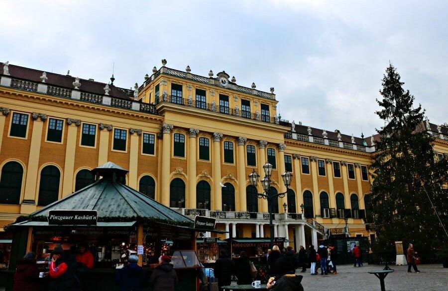 Mercado navideño de Schönbrunn en Viena, Austria