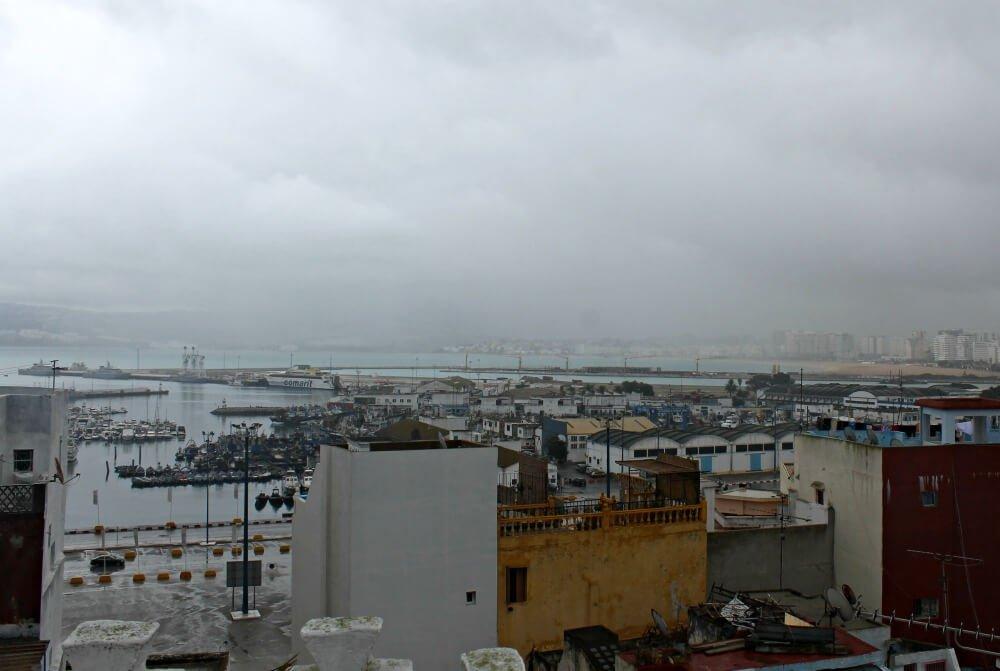El puerto de Tánger desde Daar Jameel