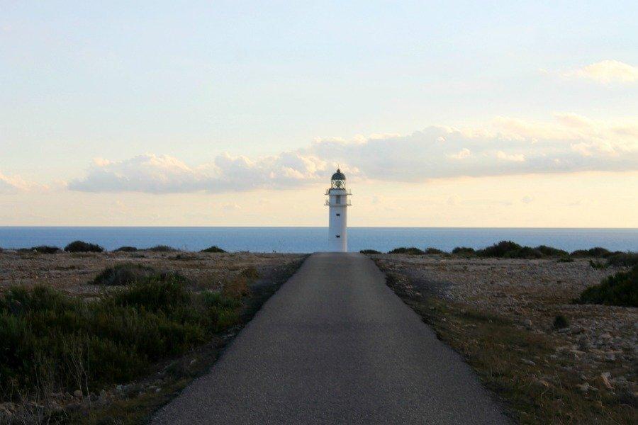Faro de Lucía y el Sexo en Formentera - Cap de Barbaria