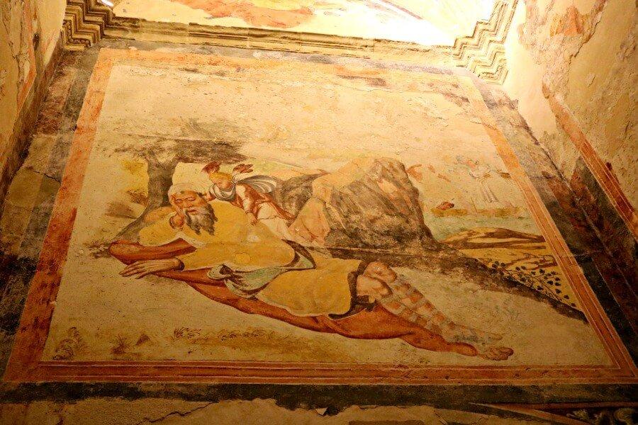 Frescos en la Iglesia de Cazorla