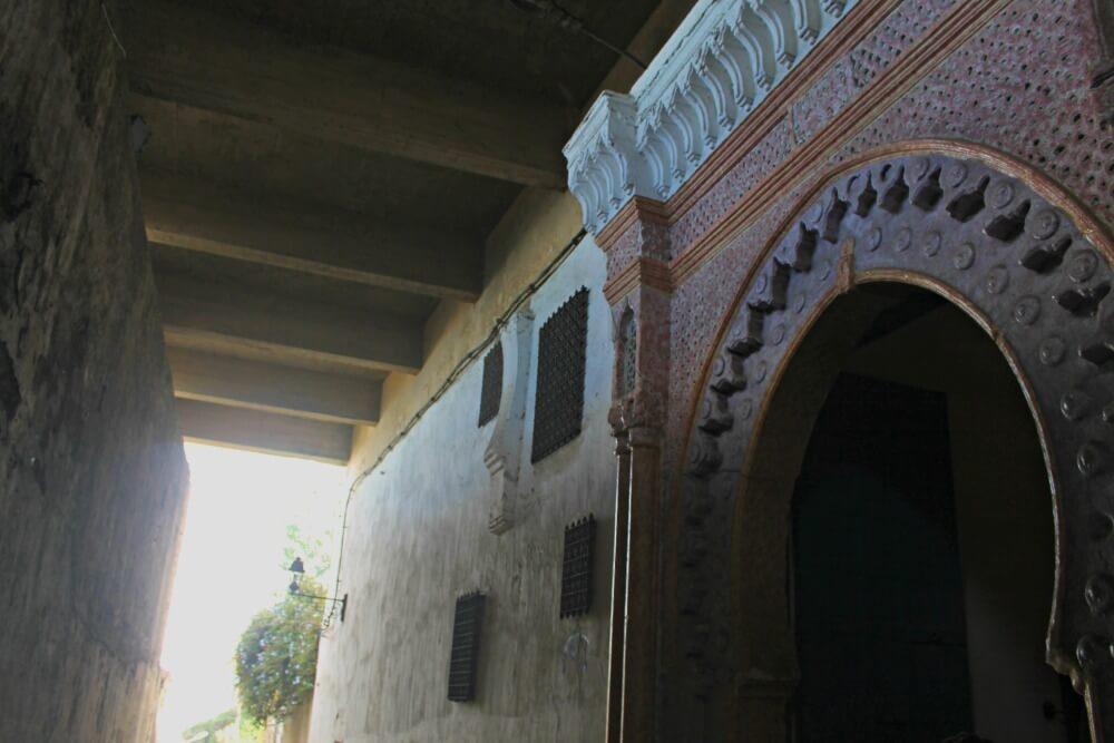 Puerta y muralla en la Kasbah - Qué ver en Tánger