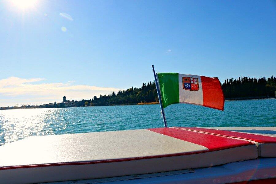 Bandera italiana - Qué ver en el Lago di Garda