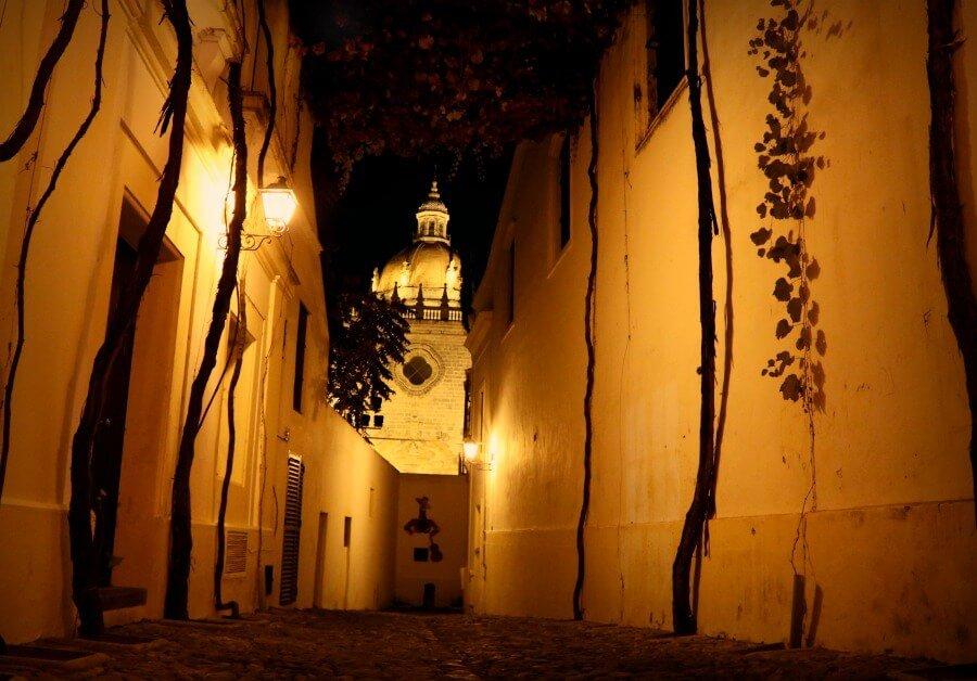 La Calle de los Ciegos en las bodegas González Byass de Jerez