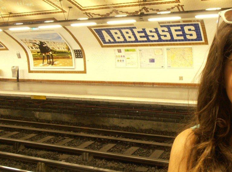 Parada de metro de Abbesses en París
